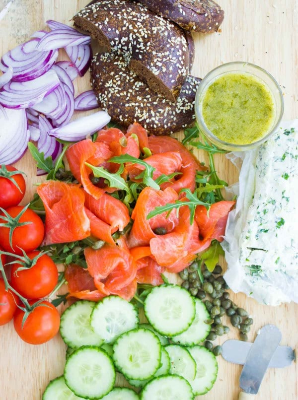 Easy Smoked Salmon Platter