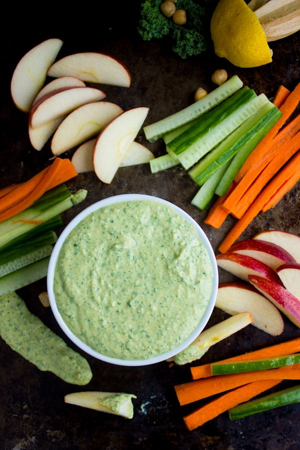 Garlic Kale Hummus Dip. Hands down the best hummus you'll every have! Smooth, creamy , vegan, gluten free and tastes delicious! www.twopurplefigs.com