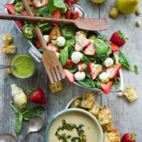 Strawberry Spinach Salad & Artichoke Soup Brunch. The perfect seasonal brunch/lunch to make in 30 mins! Light, healthy and super YUMMY! Easily made vegan too! www.twopurplefigs.com