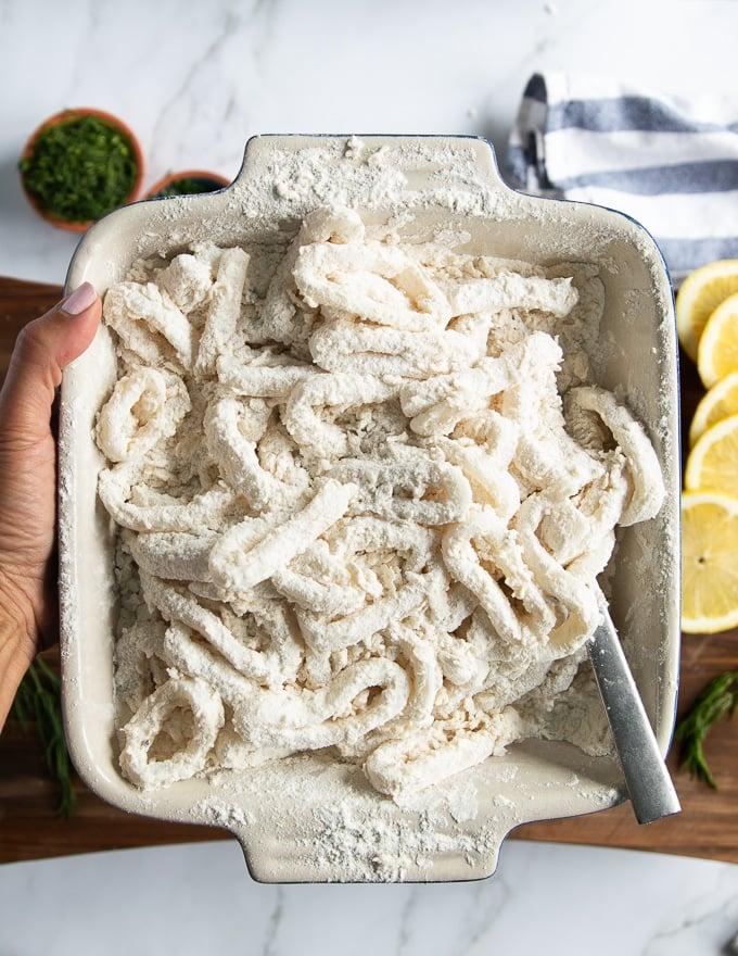 flour-dipped calamari