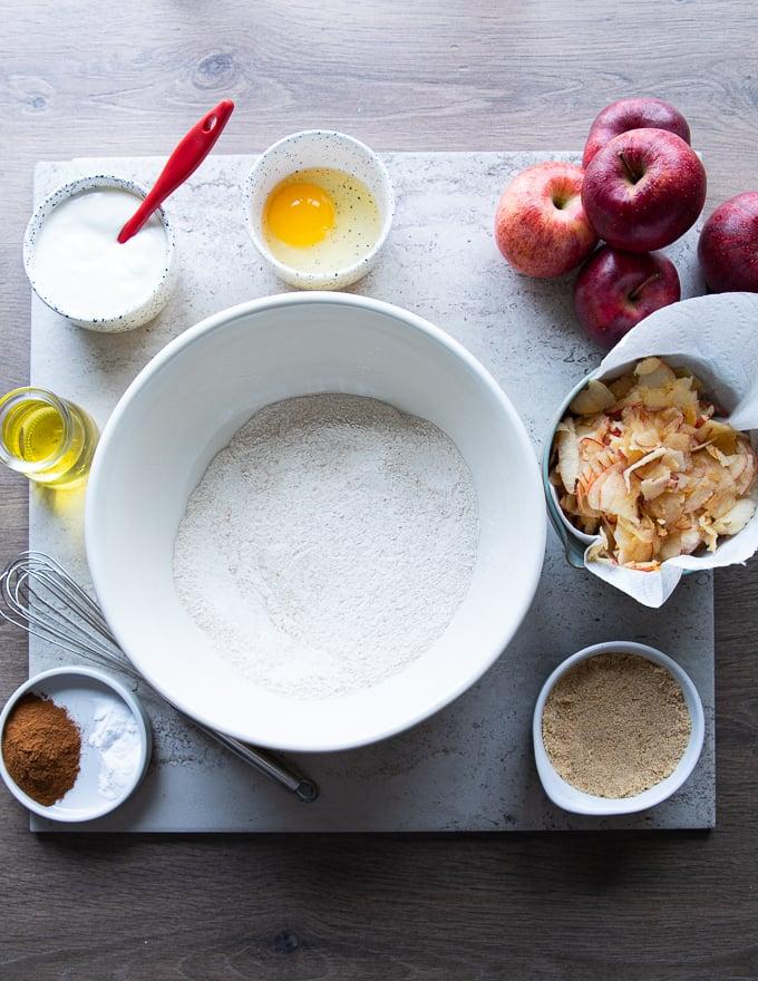 Ingredients: Flour, brown sugar, baking soda, salt, apples, cinnamon, egg, oil.